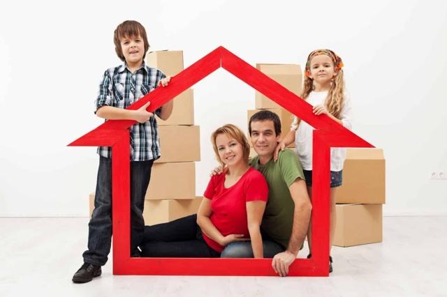Можно ли совершать сделки с недвижимостью, принадлежащей несовершеннолетним?