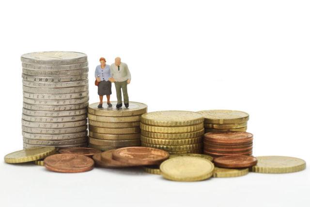 Как перевести пенсионные накопления из одного негосударственного пенсионного фонда в другой?