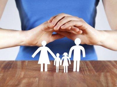 В чем разница между накопительным и рисковым страхованием жизни?