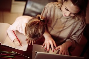 Обязаны ли вузы бесплатно предоставлять студентам учебные материалы?