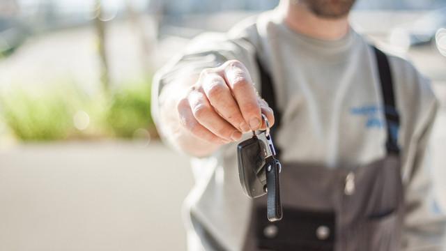 Что делать, если приходят штрафы после продажи автомобиля
