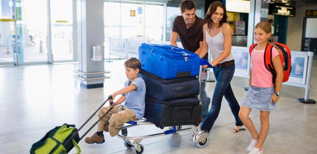 Каковы особенности авиаперевозки детей до 12 лет и ее оплаты?