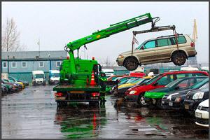 Порядок действий при повреждении автомобиля во время эвакуации