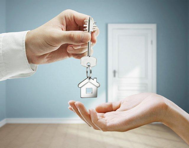 Кто имеет право на получение жилья вне очереди?