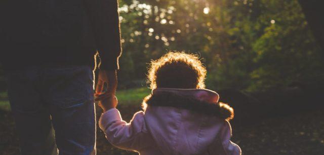 Как оспорить отцовство?