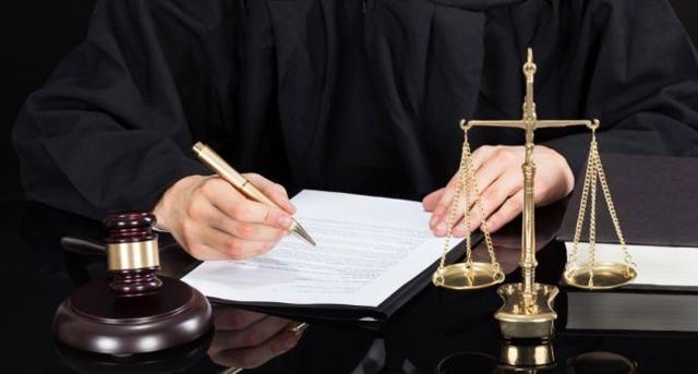 Что делать наследникам, если после вступления в наследство по закону обнаружено завещание?
