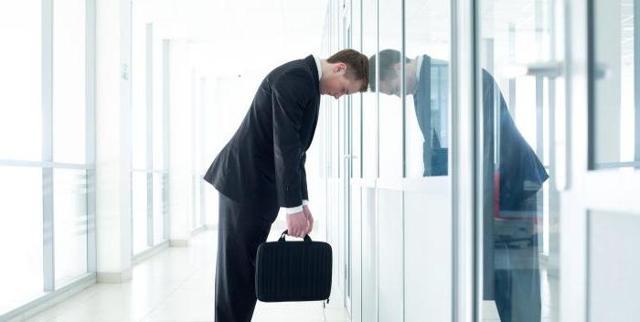 Какие выплаты полагаются работнику при увольнении по сокращению?