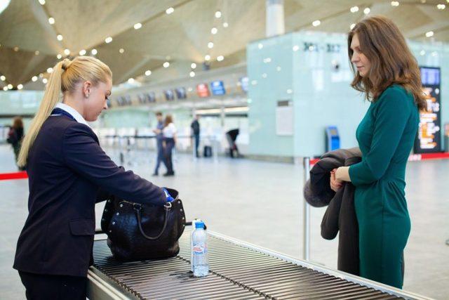Какие лекарства можно брать на борт самолета при вылете за границу