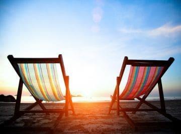 Включаются ли выходные дни в отпуск?