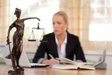 Вправе ли работодатель штрафовать работника?