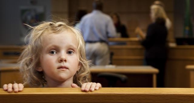 Как усыновить ребенка, отец которого не лишен родительских прав на него?