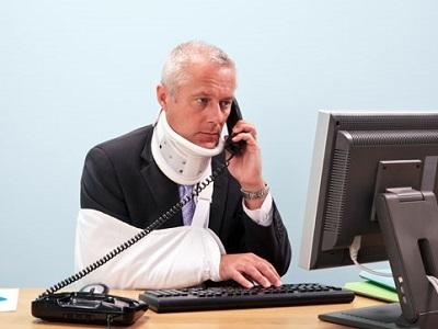 Какие последствия для работника влечет выход на работу во время больничного?