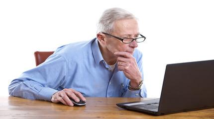 Какой стаж работы необходим для досрочного назначения страховой пенсии педагогу?